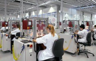 Các nhà máy Rolex 9